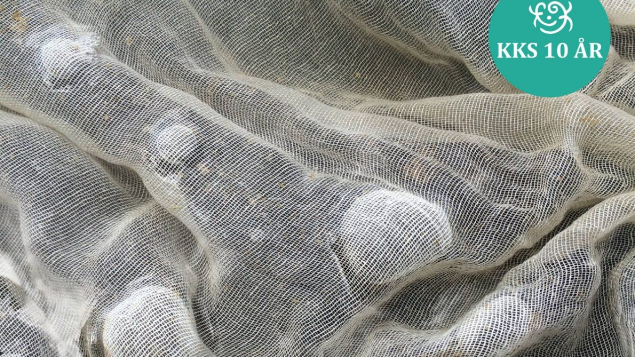 Bilde av tekstil i vann