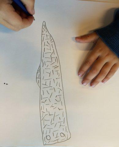 Barnetegning av en tusenbein