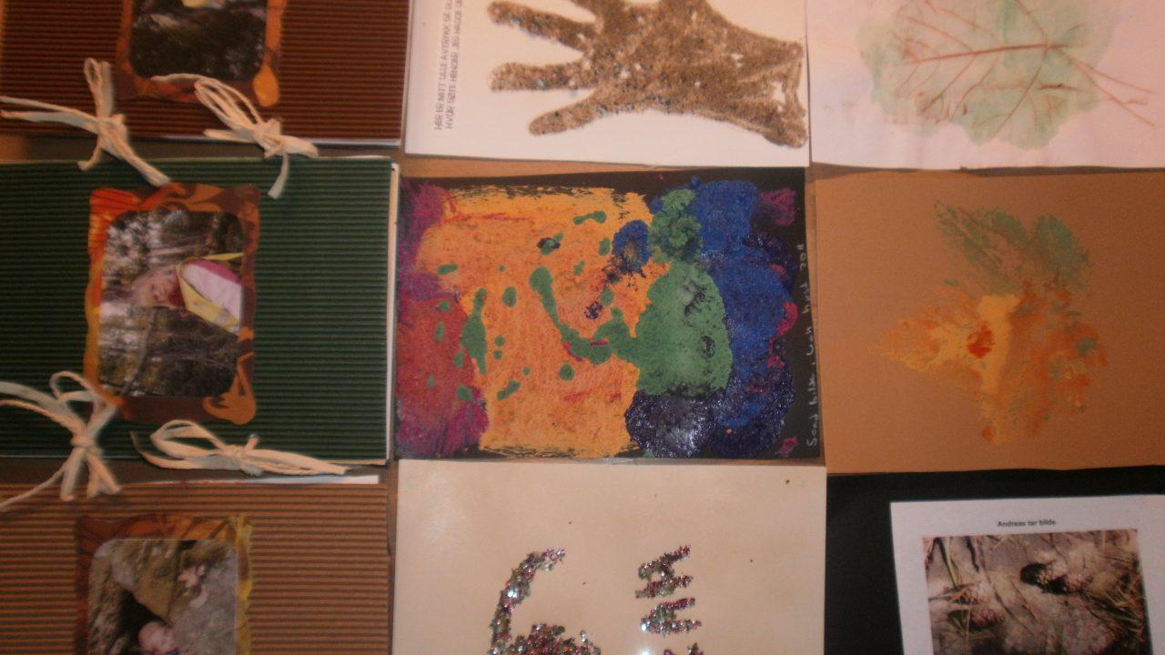 Naturbøker som barna hadde laget.