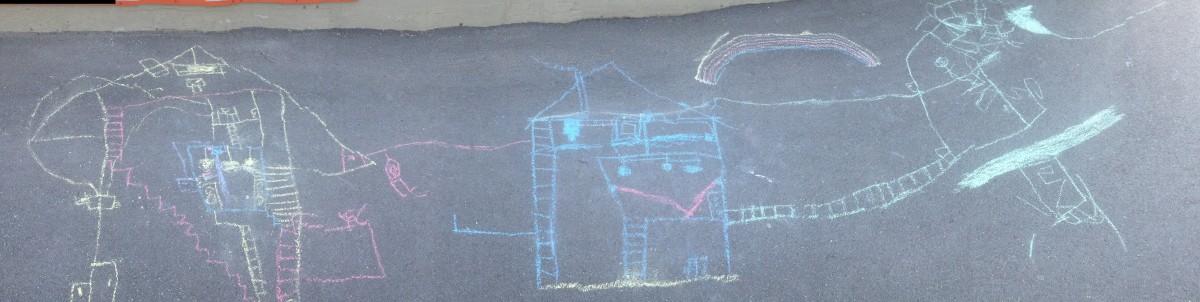 tegninger med kritt på asfalt